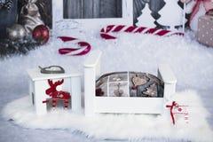 Decoração para sessões de foto do bebê do Natal imagens de stock