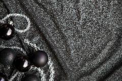 Decoração preta festiva do Natal com Natal preto à moda Fotografia de Stock Royalty Free