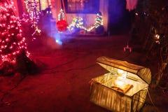 Decoração super de Dia das Bruxas na avenida de Alegria, serra Madre Fotos de Stock