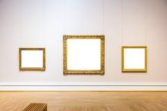 A decoração vazia de Art Museum Isolated Painting Frame dentro mura foto de stock