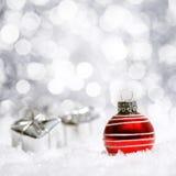 Decoração vermelha e de prata bonita do Natal Imagens de Stock