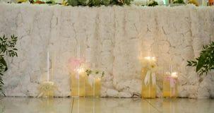 Decorações bonitas do casamento com flores vídeos de arquivo