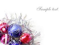 Decorações coloridas brilhantes do Natal Fotografia de Stock Royalty Free
