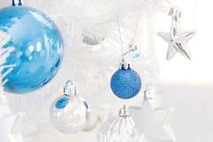 Decorações da árvore de Natal Fotografia de Stock Royalty Free
