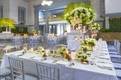 Decorações da tabela do local de encontro, do evento ou do casamento Foto de Stock