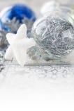Decorações de prata e azuis do xmas Foto de Stock Royalty Free