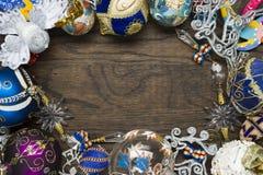 Decorações do ano novo na madeira Imagens de Stock Royalty Free