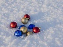 Decorações do Natal na neve Fotos de Stock