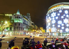 Decorações do Natal nas ruas. Barcelona, Espanha Fotos de Stock