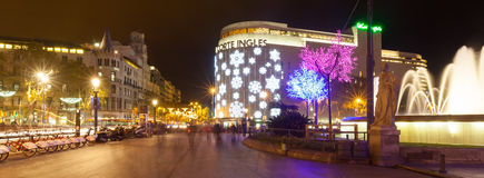 Decorações do Natal nas ruas em Barcelona, Catalonia Imagem de Stock Royalty Free