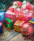 Decorações e presentes do Natal fotos de stock royalty free