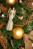 Decorações festivas artísticas da árvore do feriado Fotografia de Stock