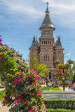 Decorações florais bonitas em Victory Square, Timisoara, romano Imagens de Stock Royalty Free