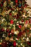 Decorações na árvore de Natal Foto de Stock