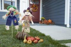 Decorações no jardim da casa que comemora a ação de graças Imagem de Stock Royalty Free