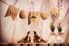 Decorações para o casamento alegre foto de stock royalty free