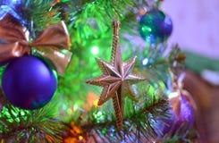 Decorações para uma árvore de Natal Fotos de Stock Royalty Free