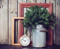 Decorações rústicas do inverno Fotos de Stock Royalty Free
