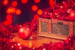 Decorações vermelhas da árvore de Natal Fotografia de Stock