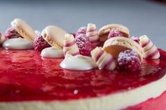 Decorações vermelhas do bolo Fotos de Stock