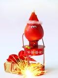 Decoración alegre de la Navidad con las manzanas Imagenes de archivo