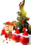 Decoración alegre de la Navidad con las manzanas Fotografía de archivo