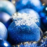Decoración azul de la Navidad Imagen de archivo libre de regalías