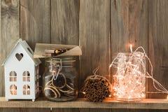 Decoración casera de la Navidad imagen de archivo