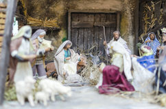 Decoración de Chrismas, escena de la natividad, estatuillas de Nápoles, Italia imagenes de archivo