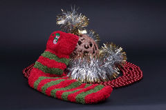 Decoración de Cristmas con el calcetín Fotos de archivo