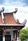 Decoración de la azotea del templo chino Foto de archivo