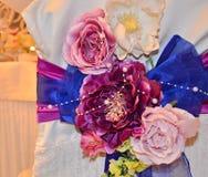 Decoración de la boda, arreglos florales Decoraciones de la ceremonia de boda Imágenes de archivo libres de regalías