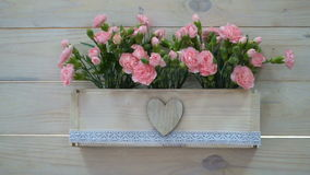 Decoración de la boda de flores en un pote en estilo rústico metrajes