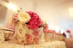 Decoración de la boda en la tabla Foto de archivo