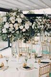 Decoración de la boda en los tonos verdes blancos Fotografía de archivo libre de regalías