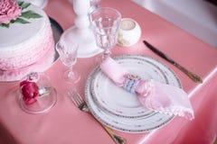 Decoración de la boda en rosa con las peonías Fotos de archivo libres de regalías