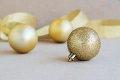 Decoración de la bola de la Navidad Imágenes de archivo libres de regalías