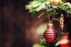 Decoración de la bola del árbol del Año Nuevo Imagenes de archivo