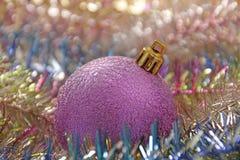 Decoración de la bola del Año Nuevo de la Navidad Fotos de archivo libres de regalías