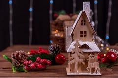 Decoración de la casa de pan de jengibre de la Navidad Fotografía de archivo