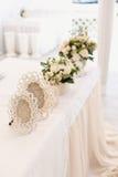 Decoración de la ceremonia de boda en el restaurante Fotografía de archivo