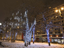 Decoración de la ciudad, cuadrado de Novopushkinsky, Moscú de la iluminación del Año Nuevo y de la Navidad Rusia Imágenes de archivo libres de regalías