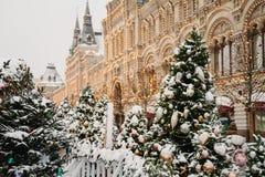 Decoración de la ciudad de la Navidad imágenes de archivo libres de regalías