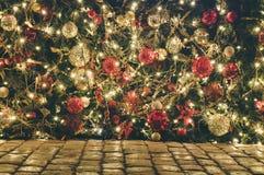 Decoración de la Navidad al aire libre y del Año Nuevo Imagen de archivo