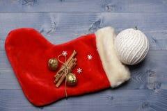 Decoración de la Navidad colorida o del Año Nuevo Fotos de archivo