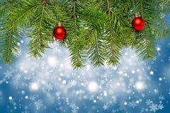 Decoración de la Navidad con el espacio para el texto en fondo azul Fotografía de archivo libre de regalías