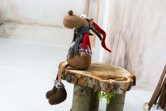 Decoración de la Navidad con el juguete de los alces Fotografía de archivo libre de regalías