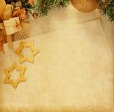 Decoración de la Navidad con el papel viejo. Fotos de archivo