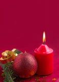 Decoración de la Navidad con la vela Fotografía de archivo libre de regalías