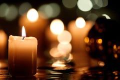 Decoración de la Navidad con la vela Fotografía de archivo